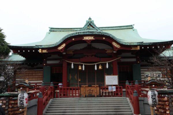 【東京都で合格祈願】亀戸天神社の基本情報(東京スカイツリーを背景に従える天満宮!)