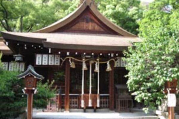 【大阪府で合格祈願】松山神社の基本情報(5km圏内に12大学がひしめく!)